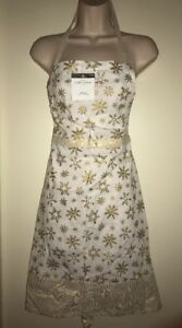 THRESHOLD Printed Flat Apron in IVORY/GOLD SNOWFLAKE NWT Christmas 34in x 34in