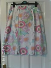 WHITE AND PINK size 14  SKIRT