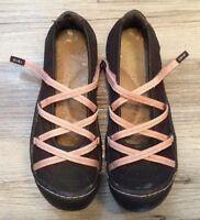 J-41 Jeep Women's Sideline Brown Pink Adjustable Mary Jane Flats Shoes Size 6