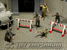 "Custom  Built  1:35  Deluxe ""Escape To Freedom"" Set  With 5  Figures"