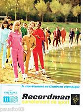 PUBLICITE ADVERTISING 066  1967  Recordman survetement femme Flambeau OLympique