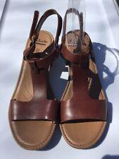 New CLARKS Collection REIDA RYAN Womens 9M Brown Leather T Strap Block Heel NWOB