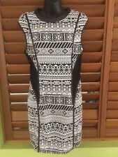 Valleygirl Womens Black White Knitted Stretch Bodycon Dress - Size Large NEW
