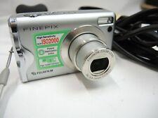 Fujifilm FinePix F20 6.3MP Digital Camera - Silver, charger