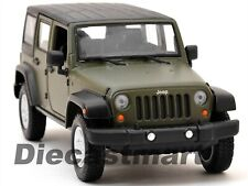 MAISTO 2015 JEEP WRANGLER UNLIMITED GREEN 1:24 DIECAST CAR MODEL 31268