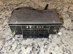 Datsun Hitachi Car Radio Model: TM-401