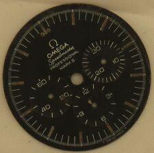 Omega Speedmaster Mark II chronograph mens wristwatch dial 31,5 mm. in diameter
