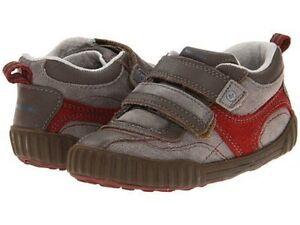 NIB Stride Rite Athletic Shoes Warren Brown Red 4 M
