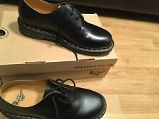 Dr Martens Air Wair shoes black Smooth Size 8 1461