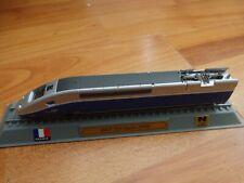 DEL PRADO N GUAGE 1/160 - SNCF TGV DUPLEX 29000 LOCO LOCOMOTIVE TRAIN ON STAND