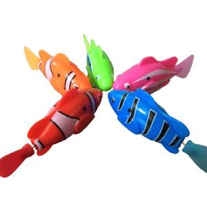 NEU  Spielzeug Roboter Fisch 1 Stück Schwimmen in 4 Farben
