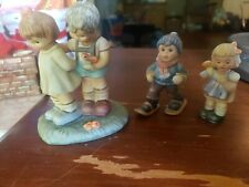Berta Hummel Token Of Love Boy Girl Figurine Bh 20 Goebel 1996. 2 bonus minis