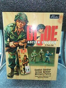 GI Joe Action soldier 3 Piece 54 mm Pewter Collectors Set by William Britain.