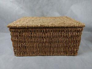 Vintage Storage Basket Rectangular Wicker Rustic Style 2 Handles Basket With Lid