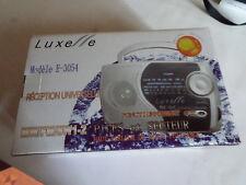 Radio portable LUXE // E sur secteur ou piles