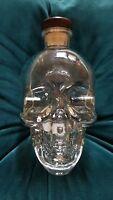 EUC Dan Aykroyd Crystal Head Vodka 750ml Skull Bottle With Cork Decanter KAH