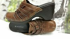 "Women's Naturalizer clogs, brown distress woven leather  US size 9.5 ""NICE"""