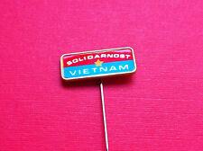 Pin badge Vietnam Yugoslavia communism solidarity friendship Yugoslav political