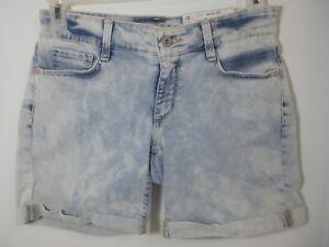 Arizona Jean Company Light Wash Cuffed Quartz Blue Jean Shorts Size 3 MSRP $39