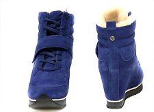 New KOOLABURRA Snow Jog Suede Wedge   womens boots sz 6.5