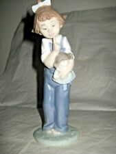 """LLADRO/NAO FIGURE """"HUSH"""" Girl With Doll FIGURINE #1069, BY VICENTE MARTINEZ 1992"""