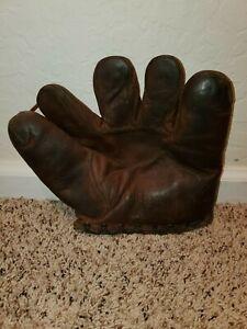 1930s Wilson 651 Baseball Glove Mitt