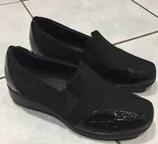 New Womans Size 6m Clarks Collection Shoes