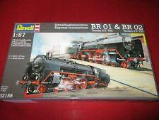 REVELL® 02158 1:87 Schnellzuglokomotiven BR 01 Tender 2'2 T32&BR02 Tender 2'2T30