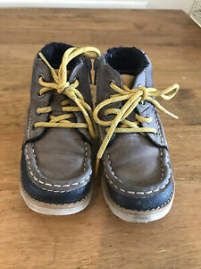 Clarks High Tops Shoes Infant 9 1/2 G
