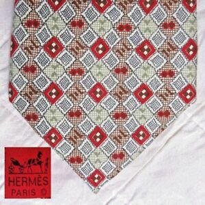 Hermes Made in France 100% Silk Tie Necktie 7699 OA Geometric Diamond Print