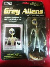 """1998 SHADOWBOX INSECTOID GREY ALIENS figure 4.5""""  toy trading card brand new"""