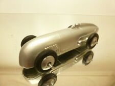 DINKY TOYS 23A RACING CAR - SILVER METALLIC L9.5cm - GOOD REPAINTED CONDITION