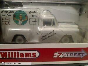 "BACHMANN 42733 E-Z STREET ""ICE CREAN TRUCK"" POWERED VEHICLE MIB O SCALE"