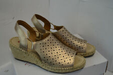 Clarks Unstructured Womens Gold Metallic Wedge Espadrille Sandals Size UK 5 EU 3