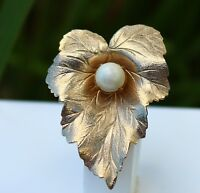 BROOCH marked Sarah Coventry, leaf with pearl, ,,,, ,,,