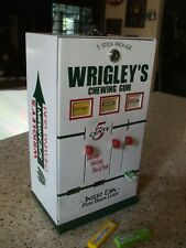 Wrigley's chewing gum triple column vending machine diner candy gameroom # 2