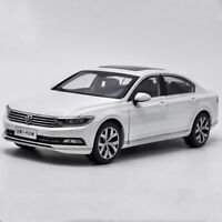 1/18 Scale Volkswagen Magotan (Passat B8) 2017 White DieCast Car Model Toy