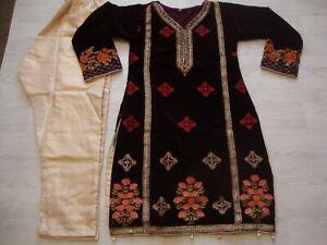 Agha Noor  designer salwar kameez  Velvet  Full  Embroidered  NEW for 2021 2pc