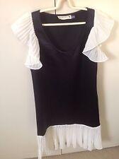 Woodford & Co Dress Size 8 Black And White Chiffon Sleeve Woven Hem