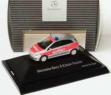 1:87 Mercedes-Benz B-Klasse W245 Notarzt silber/rot - Dealer-Edition OEM - herpa