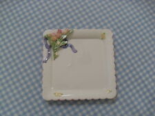 Vintage Bell Casa - Decorative Roses And Ribbon Square Scalloped Edges Plate