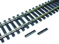 Hornby R920 Gauge Insulated Fishplates (Pack of 12)
