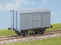 Parkside PC61 OO Gauge LNER 12t Goods Van Kit