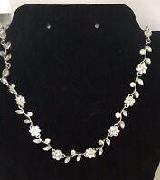 Vintage Crystal Flower Link Choker Necklace Silvertone Romantic Bridal J335