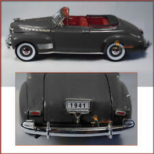 Welly 1941 Chevy Special Deluxe convertible 1:24 scale diecast model car Black