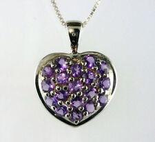 Collares y colgantes de joyería con gemas amatista, amor y corazones