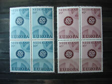 NVPH 882-883 POSTFRIS IN BLOKKEN VAN 4 EUROPA CEPT CAT. WAARDE 6,80 EURO