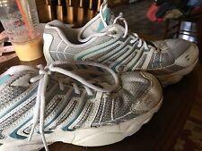 Women's AVIA Sneakers Size 9 Great Colors