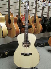 Seagull Maritime SWS Natural Concert Hall Acoustic/Electric