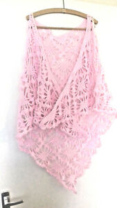 A Ladies hand crocheted Pale Pink patterned  shawl